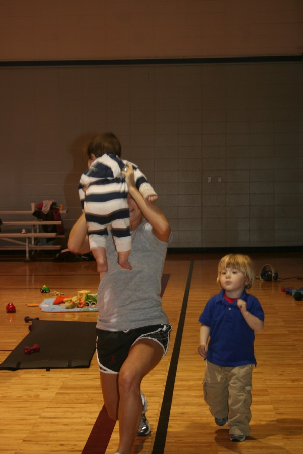 babies workout with moms